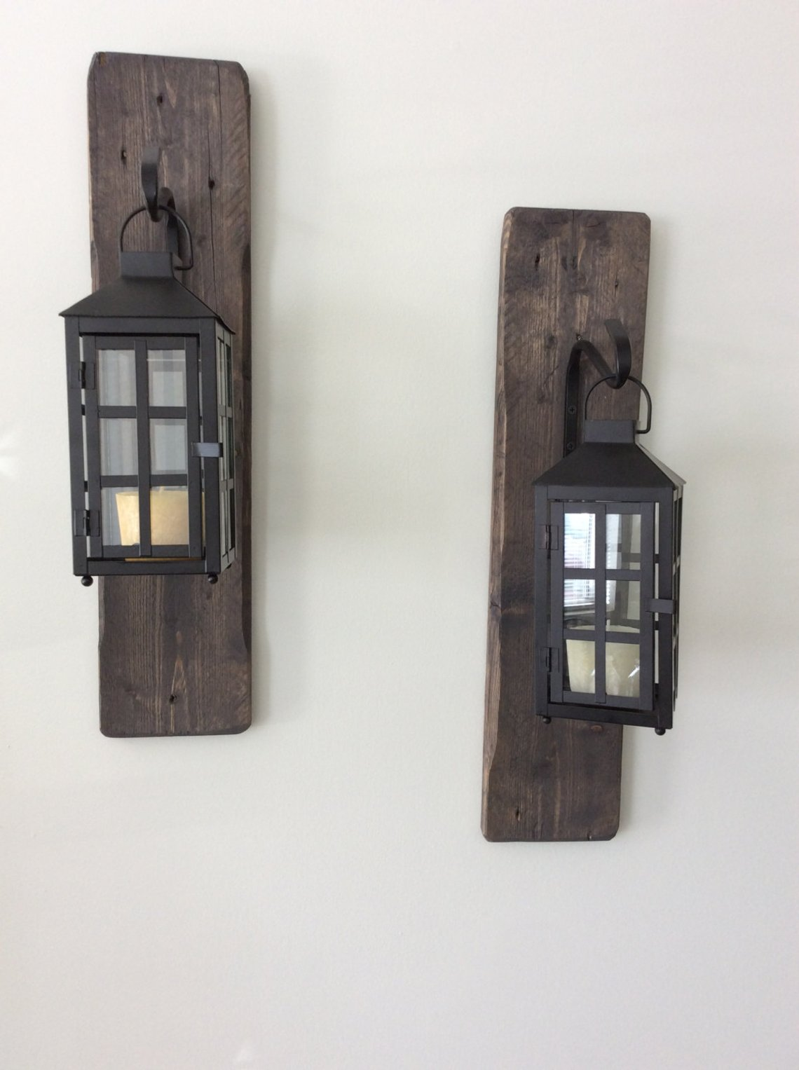 Decorative-rustic-reclaimed-wood-hanging-lanterns-Woodify